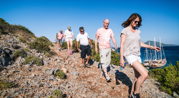 Hiking Greece Islands